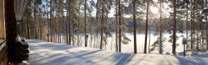 Talvinen näkymä järvelle